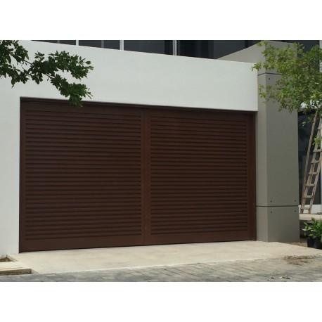 Puerta de Garaje Diseño Tubular Cerrado Mecanismo Seccional