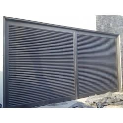 Puerta de Garaje Diseño Louvers Mecanismo Corredizo